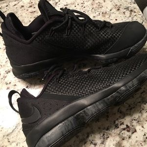 on sale cfe3f 998a4 Nike LeBron 14 Low Men's Basketball shoes